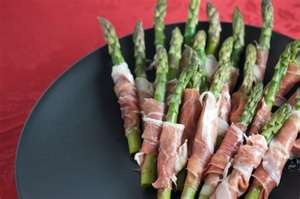 Yummy Yummy Yummy: Yummy Yummy, Recipe, Cream Cheese, Food, Appetizers, Prosciutto Wrapped Asparagus, Delicious