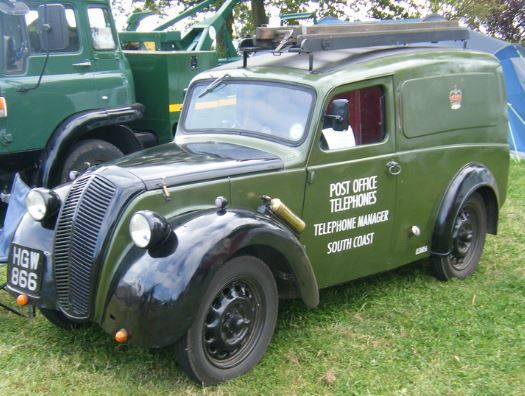 Used to see these all over the place - Morris Eight Series E Van