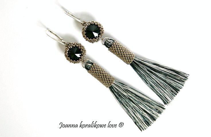 Earrings beaded jewelry black Swarovski crystals peyote