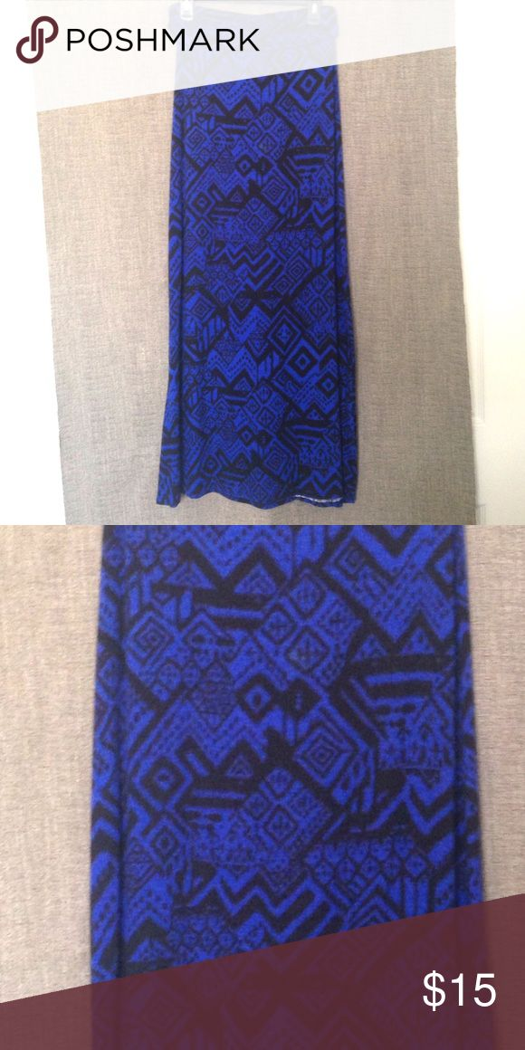 🎈DONATING SOON🎈Tribal Maxi Skirt EUC, like new, royal blue and black tribal maxi skirt. This can fit a medium or large, as it is very stretchy. Super comfy skirt and can also be dressed up. Skirts Maxi