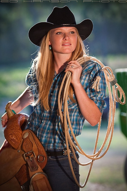 country girl,horse lovers,equestrian singles ,cowgirls and  cowboys club www.equestrianlover.com