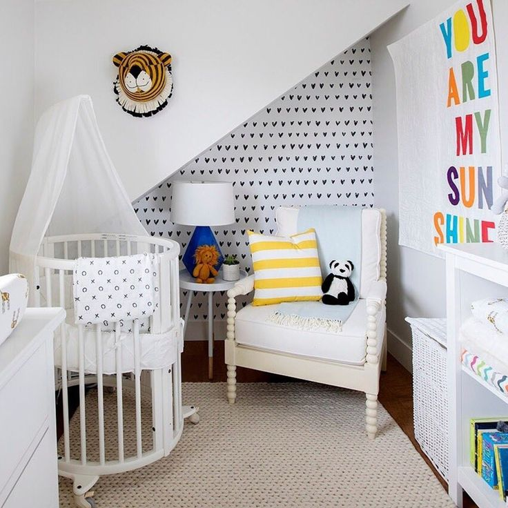 No matter what size nursery you have to work with ☀️ the Stokke Sleepi Mini is ready to welcome bub!  _ #nurseryinspo #nurserydecor #nurseryfurniture #stokke #stokkesleepimini #stokkebaby #babycot #babycrib #crib #baby #babylove #babystyle #babyshop #babylife #babyvillagestore #repost 📷 @jillian.harris | @stokkebaby