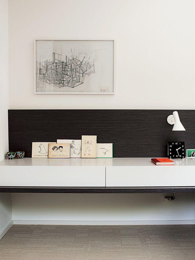floating + blackened wood + glossy white + small art vs big art