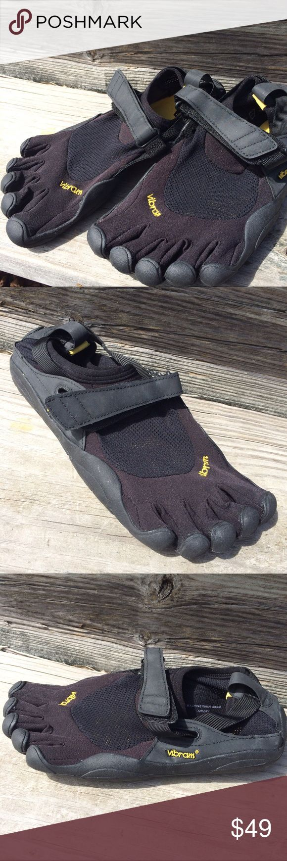 Vibrant five fingers black men's 40 Vibram Men's 40 Black Five Finger Toe Shoes Excellent Condition Vibram Shoes Athletic Shoes
