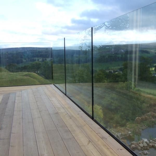 25 best ideas about glass balcony on pinterest glass for Glass balcony