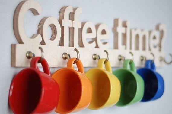 ¿LA HORA DEL CAFÉ? Colgador tazas de madera, decoración de la cocina, estilo urbano, moderno, minimalista
