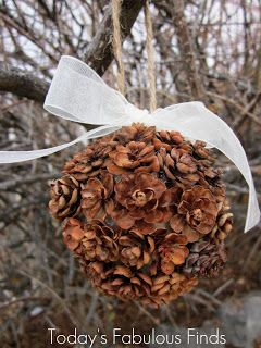 Today's Fabulous Finds: Handmade Pine Cone {flower} Ornaments