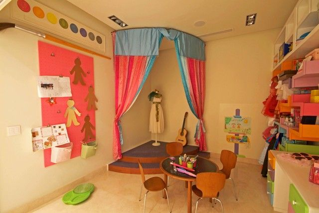 Children room music stage