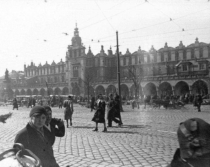 Sukiennice, Kraków - 1931 rok -wiosna