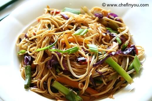 Hakka Noodles: Purple cabbage, the multi colored bell peppers, beans and spring onions came together to make this beautiful dish.