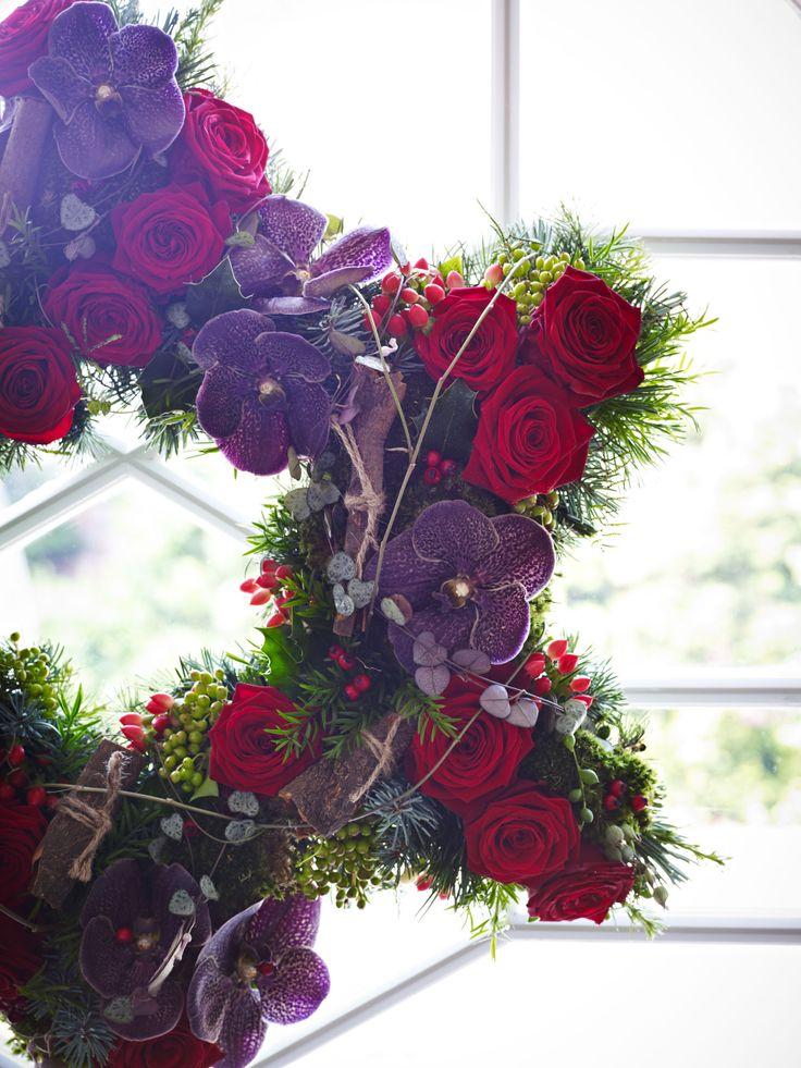 Star shaped #christmas wreath