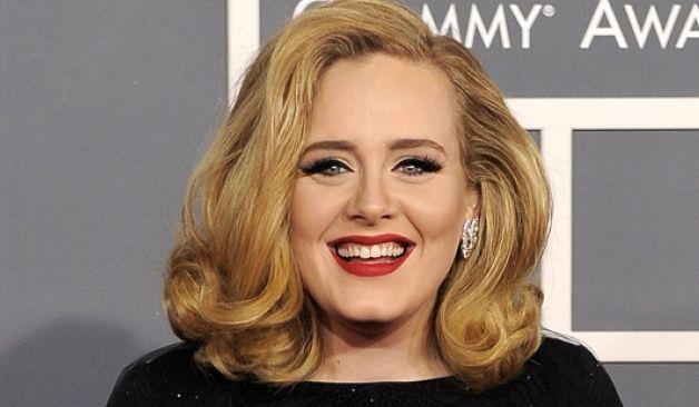 Adele, entre la búsqueda del número 1 y canciones para funerales