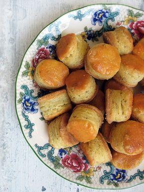 f o o d f o r t h o u g h t: POGAČICE SA SIROM (FETOM) I RUZMARINOM Mini feta and rosemary scones recipe in English and Serbian