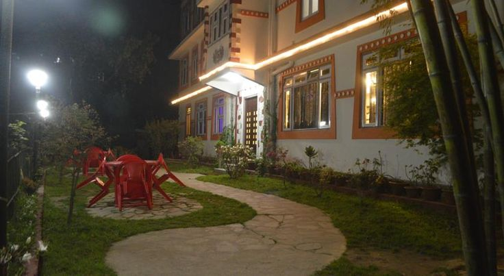 Bamboo Grove Retreat, Gangtok-Book Online with World Choice & Get Discounts. Book Gangtok Hotels Online & Pay at Hotel Later.