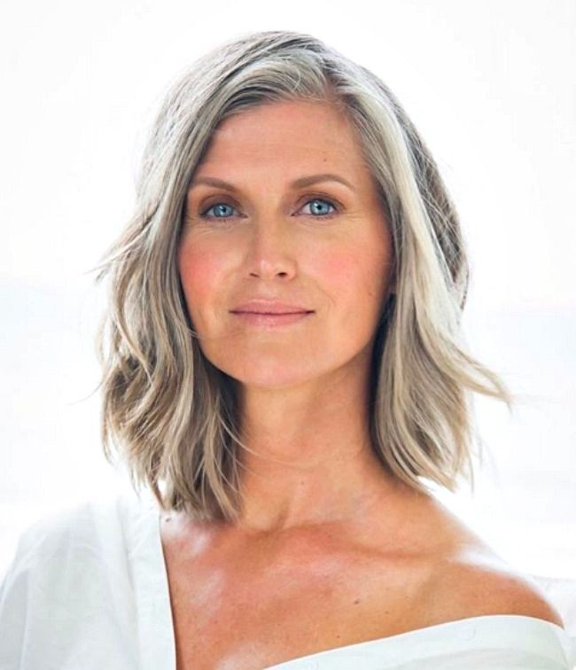 3 Ways To Wear Gray Hair Over 40 Grey Hair Old Haircut For Older Women Grey Hair Inspiration