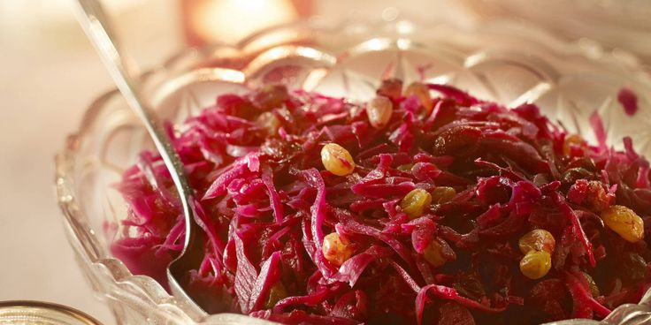 Red cabbage with Appel cranberry's and raisins