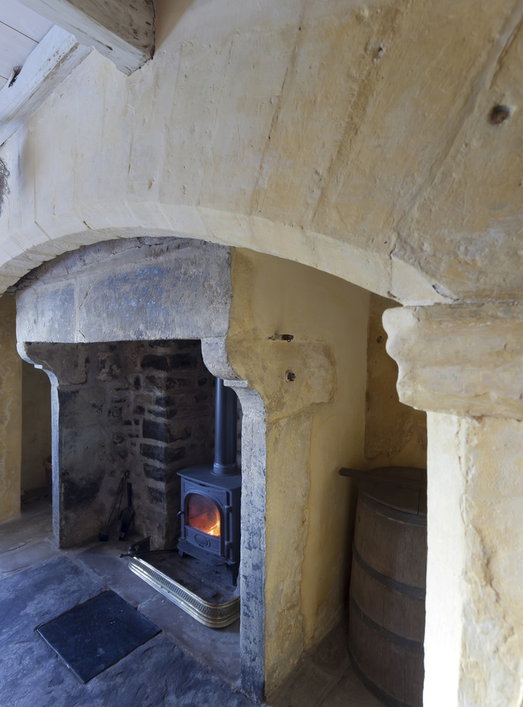 Wonderful C18th vernacular ingle nook fireplace