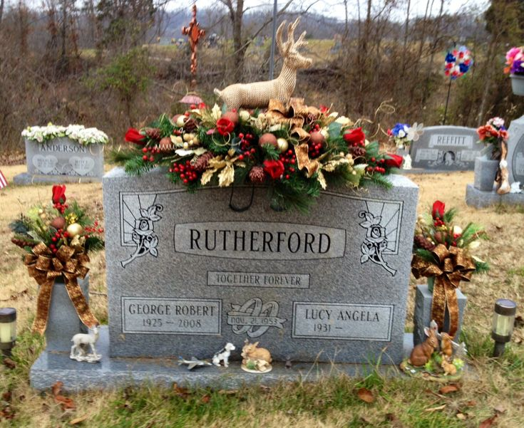 Good Cemetery Christmas Decorations Part - 8: Christmas Grave Saddle For My Father-in-law.