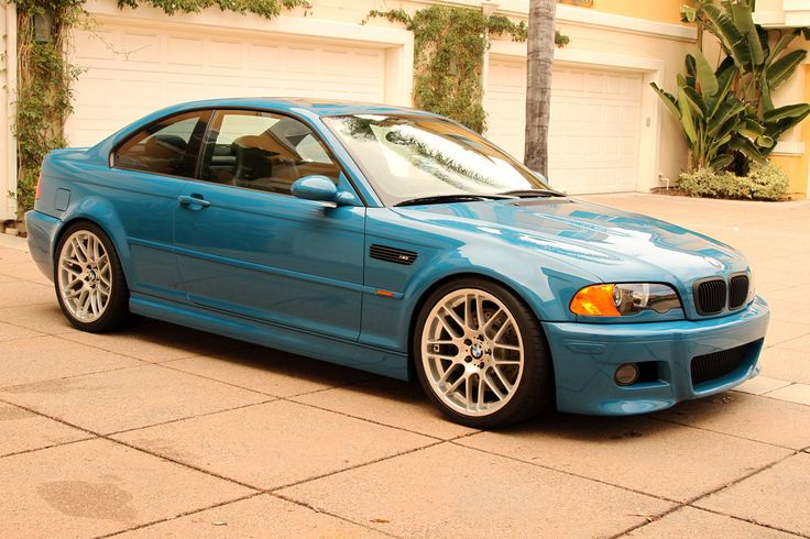 Not really a fan of blue cars, but i would make an exception with this E46 ///M3.