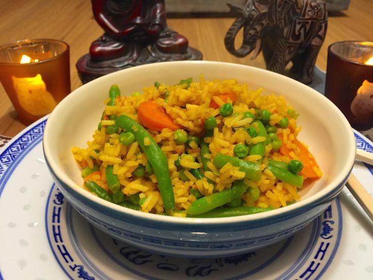 Nieuw recept: Nasi met groenten - http://wessalicious.com/nasi-met-groenten/