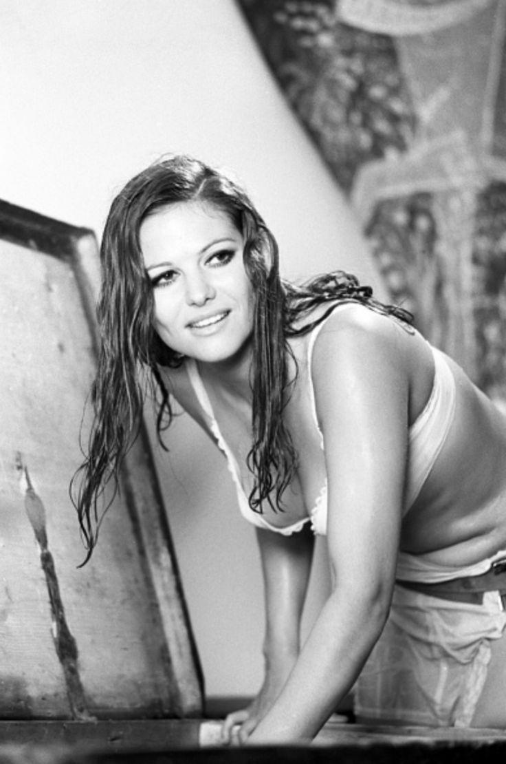 Claudia Cardinale Nude Photos