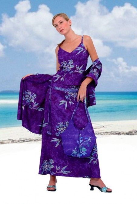 Find Your Perfect Hawaiian Outfit With Our 2 Piece Maxi Dress