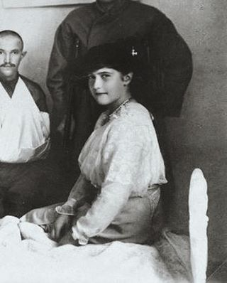 "The Grand Duchess Anastasia Nikolaevna Romanova of Russia at her Lazaret at Feodorovsky Gorodok during WWl. ""AL"""