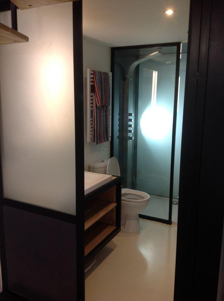 Sol et mur de la salle de bain en r sine loft pinterest - Sol resine salle de bain ...