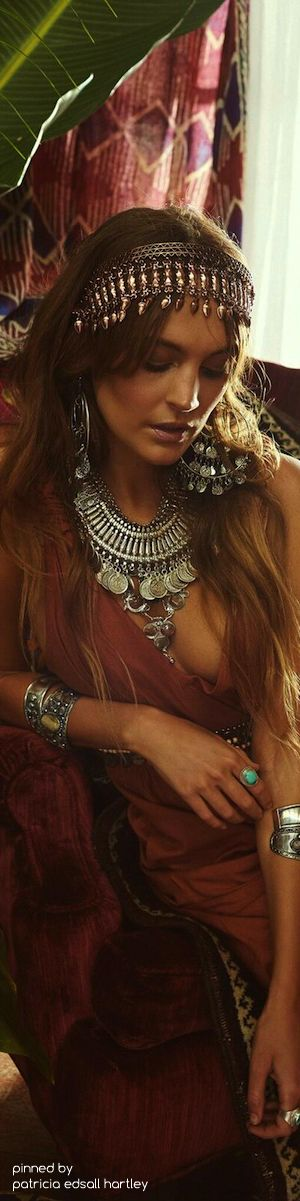 .╰☆╮Tribal Gypsy Boho chic bohemian boho style hippy hippie chic bohème vibe gypsy fashion indie folk the 70s . ╰☆╮