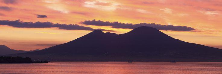 Vesuvio, Napoli
