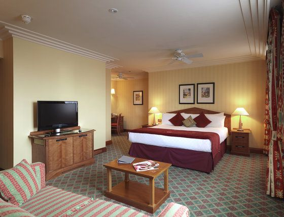 Ifr you are traveling to London, then it is the perfect place to stay in London.