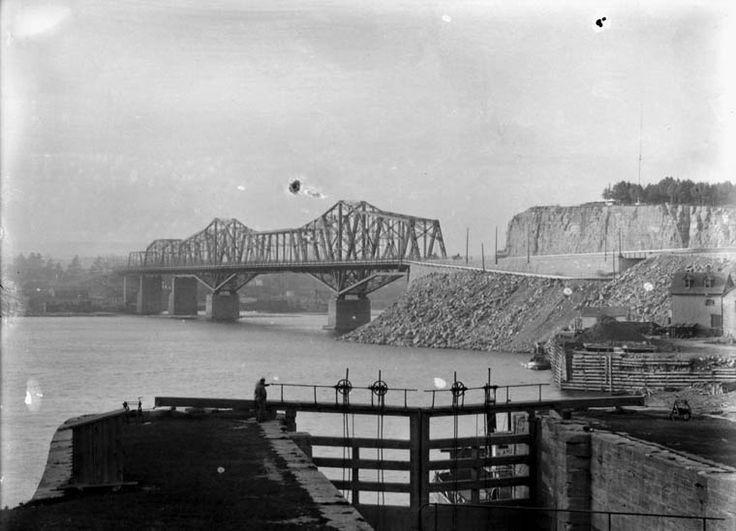 Alexandra Bridge, 1901, Oct. 10.  Ottawa. (760×549)