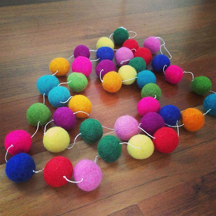 Garlands Felt Ball - Rainbow 2m