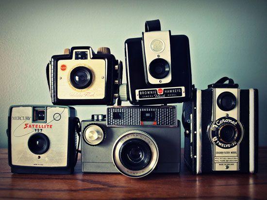 Cameras<3: Old Schools, Vintage Wardrobe, Vintage Cameras, Vintage Movies, Inspiration Pictures, Fleas Marketing, Vintage Style, Vintage Decor, Old Cameras
