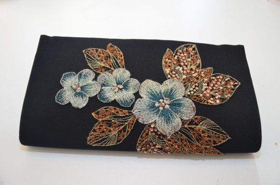 Check out this item in my Etsy shop https://www.etsy.com/ru/listing/218325950/evening-clutch-lace-clutch-evening-purse