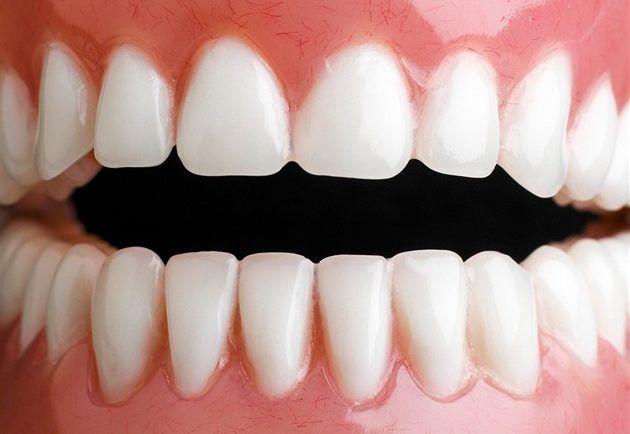 Zbavte sa zubného kameňa doma. - Báječný lekár