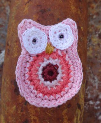 http://ovillodeeli.blogspot.it/2016/03/buhos-en-crochet.html