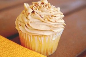 Peanut butter frosting...yummy!