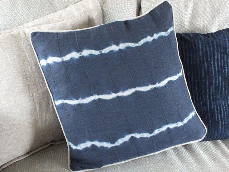 Tie-dye cushion with linen piping | The Nice Nest
