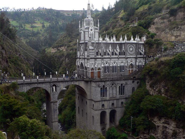 SANTUARIO DE  LAS LAJAS  / Las Lajas Sanctuary - Pasto, Colombia