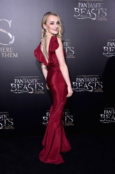 """Evanna Lynch attends the """"Fantastic Beasts And Where To Find Them"""" World Premiere at Alice Tully Hall, Lincoln Center on November 10, 2016 in New York City."""