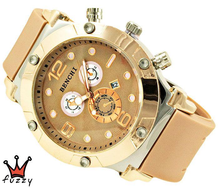Γυναικείο ρολόι, με κάσα σε ροζ χρυσό και ασημί και μπεζ χρώμα στο εσωτερικό του.  Λουράκι σε μπεζ χρώμα από σιλικόνη. Διάμετρος καντράν 48 mm