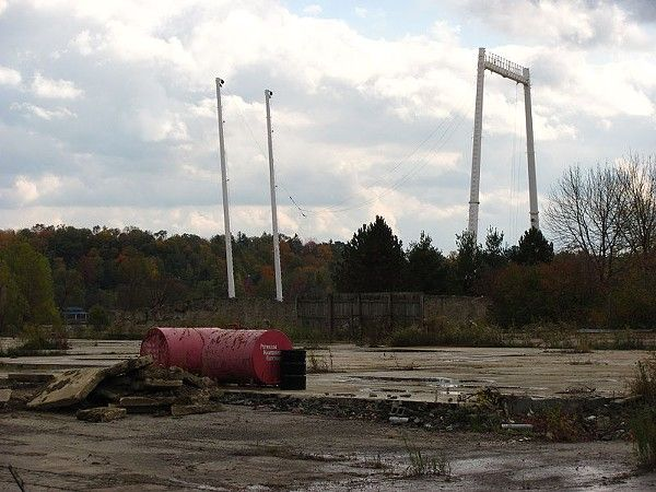 Photos of Abandoned Geauga Lake Amusement Park ... another pretty cool shot.
