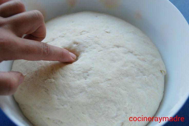 La receta para hacer masa de pizza casera, explicada paso a paso