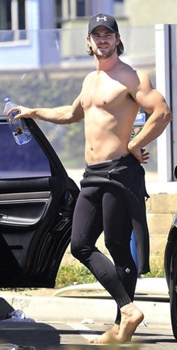I'm not quite sure why he's wearing tights, but.. I'm not going to argue.   He's Thor.