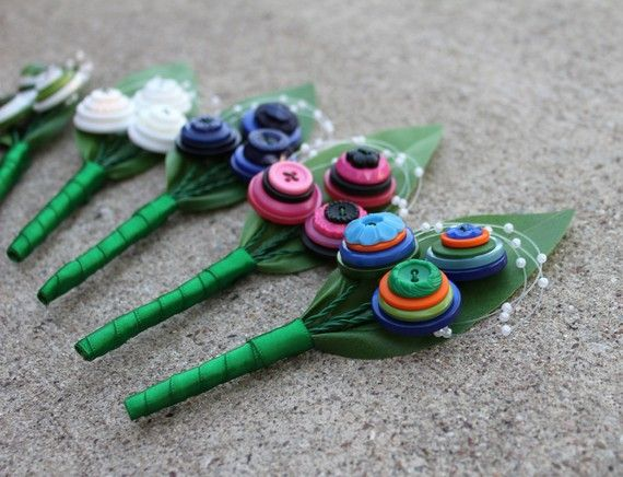 This listing is for one (1) 3 stem Custom Button Boutonniere. If you would like a listing for additional boutonnieres please contact us! Can also create 2 stem and 1 stem boutonniere for other members of your bridal party.    The boutonnieres can be created in a large number of colors