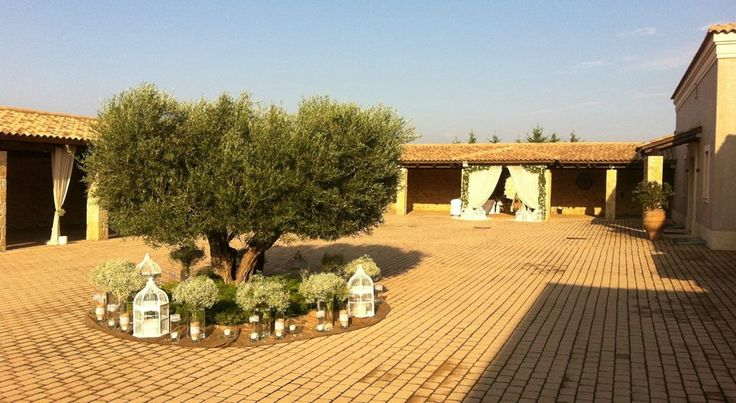 wedding decoration by Anna Remoudaki & Konstantina  Grigoriou at Casa e Campo hospitaliti plus.