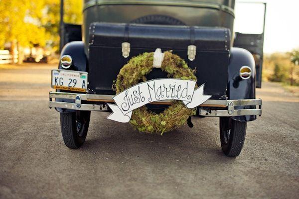 Sarah & Travis' Ranch DIY Wedding: Getaways Inspiration, Vintage Wedding, Stuff, Vintage Cars, Inspiration Ideas, Cars Wreaths, Getaways Cars, Wedding Cars, Vintage Com
