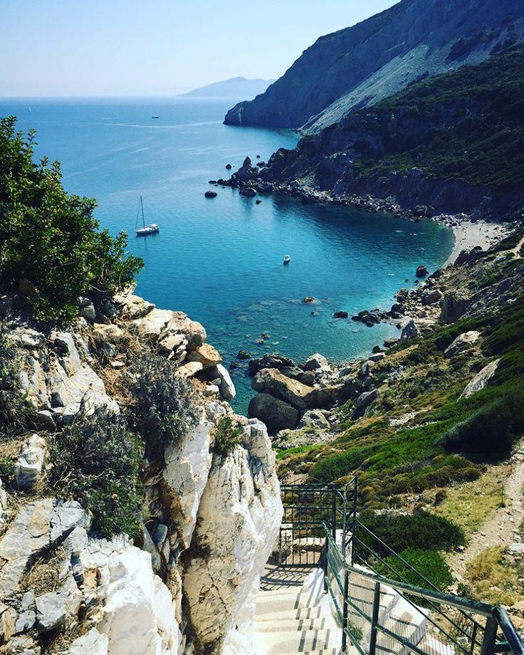 Kastro #Skiathos #Grecia   http://moveforward.it/skiathos-grecia/