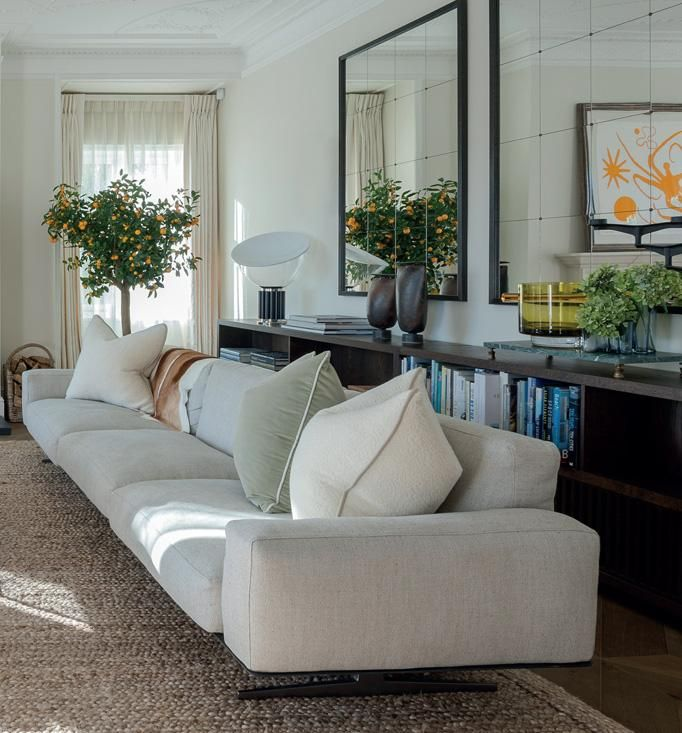 12 best quilted sofas and chairs images on pinterest canap s sofas and settees. Black Bedroom Furniture Sets. Home Design Ideas